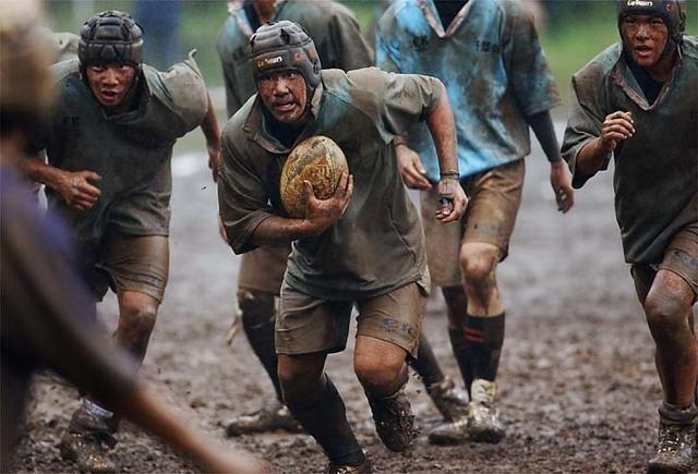 051010d1X_0324_rugby.jpg